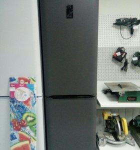 Холодильник Бирюса 129S