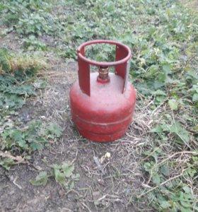 Продам газовые баллоны с газом
