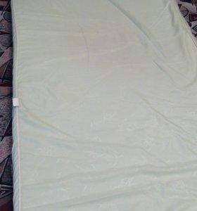 Матрац для детской кроватки в хорошем состоянии