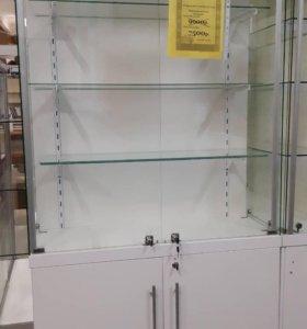 Витрина стеклянная торговая для аксессуаров и суве