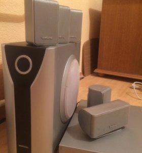 DVD плеер Samsung все что на фото 2659 рублей