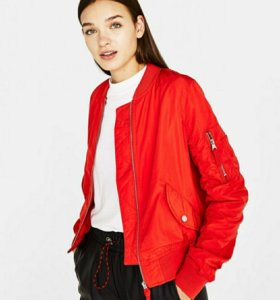 BERSHKA новая женская куртка бомбер
