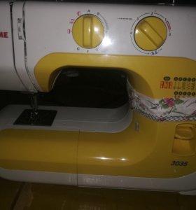 Швейная машинка Janome в хорошем состояние