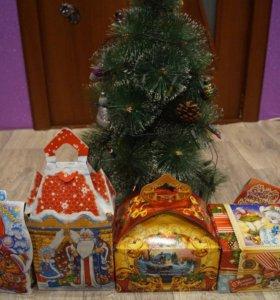 Новогодние подарки сладкие (Картон)