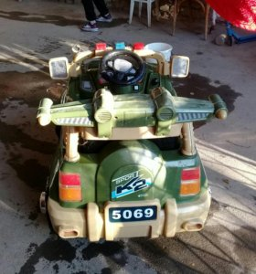 Машина на аккамуляторе