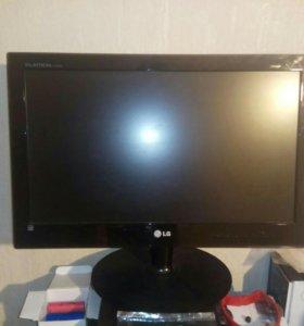 Большой монитор LG 20 дюймов