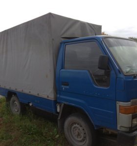 Японский грузовик TOYO ACE