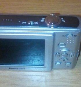 Компактный фотоаппарат Panasonic DMC-F2