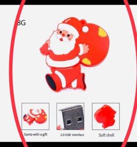 возможен торг Флешка Дед Мороз 8 гб новая