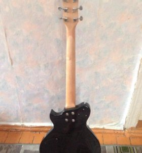 Гитара Homage 4500 р,стойка гитарная 500 р