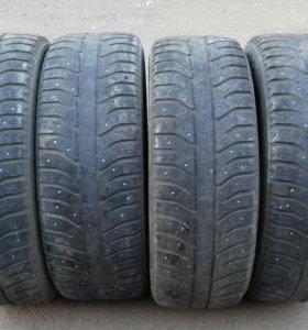 Зимние шины Бриджстоун (Bridgestone), 205/60R16