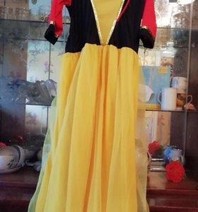 Костюм - платье Белоснежки