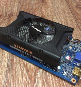 Видеокарта GigaByte GF220