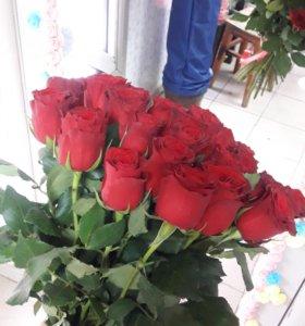 Розы, цветы ко дню матери