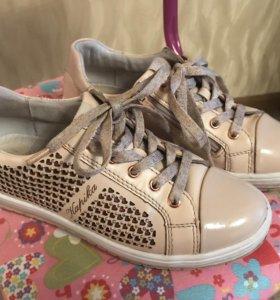 Кожаные осенние ботинки для девочек