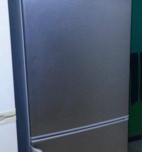 Холодильник Б/У Электролюкс