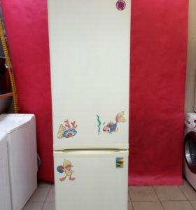 Холодильник Электролюкс бу