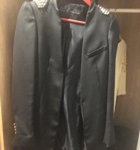 Жакет пиджак фирмы Zara с шипами