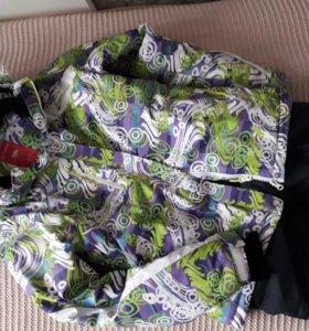 Куртка и штыны .  42 р