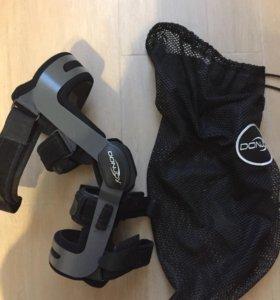 коленный ортез DONJOY, левый, не использовался