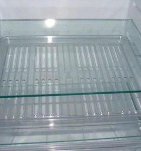 Стеклянные полки для холодильника на заказ