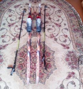 Лыжи , причина продажи малые ботинки