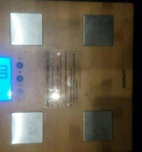 Весы напольные скарлетт