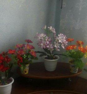 Имитация комнатных цветов.
