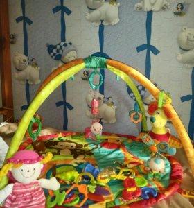 Развивающий коврик + погремушки и кукла