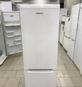 Холодильник б/у Beko CSK25000