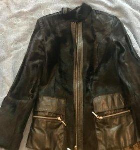 Куртка из меха пони и натуральной кожи