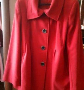 Продажа драпового пальто