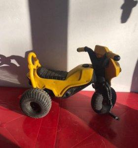 Детский велосипед - ходунки
