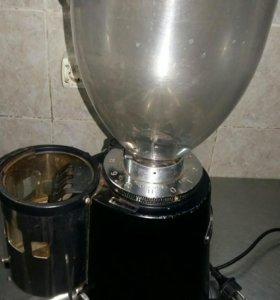 Кофемолка-дозатор Fiorenzato F5