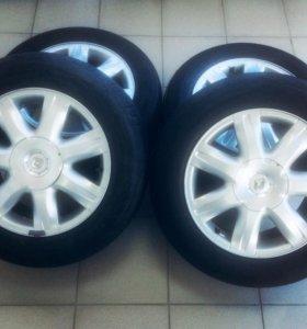 Колеса на Reno Laguna 215/60R16