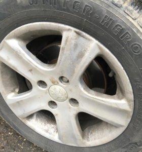 Диски с зимней резиной липучка 4 колеса R15