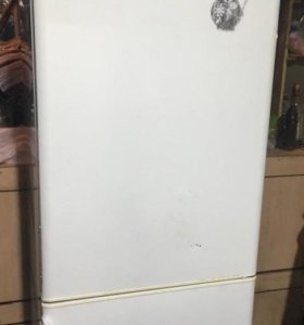 Холодильник б/у рабочий.Срочно!!