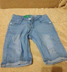 Шорты джинсовые на мальчика. Размер 104