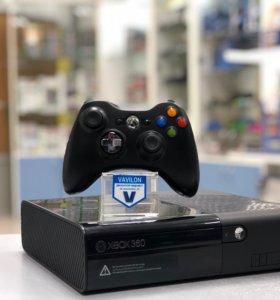 Xbox 360 E + 1 Игра