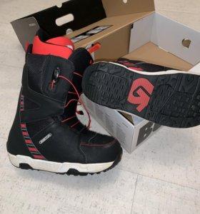Сноубордические ботинки Burton Moto 40,5
