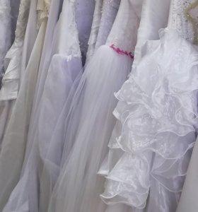 Свадебные платья по 2000