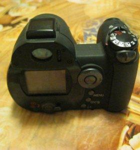 Компактный фотоаппарат Konica Minolta DiMAGE Z3