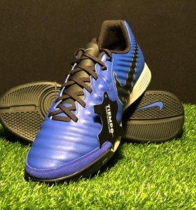 Футбольная обувь Nike Tiempo LegendX 7 Academy