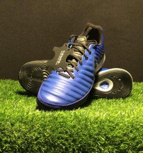 Футбольная обувь Nike Tiempo LegendX 7 Pro