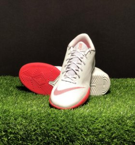 Футбольная обувь Nike VaporX 12 Academy для зала