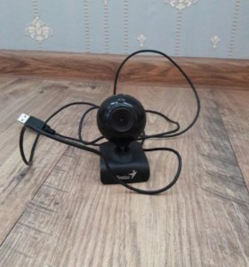 Веб камера Гениус