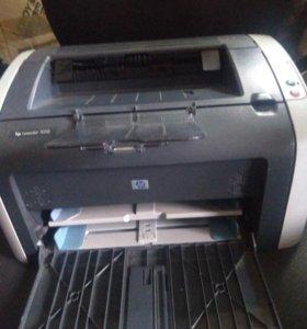Принтер HP 1010