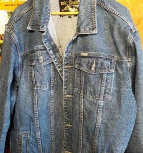 Куртка мужская джинсовая.