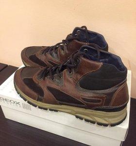 Мужские кроссовки Geox 2 пары 44 р