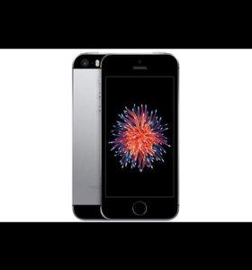 iPhone 5se на 32 гига.